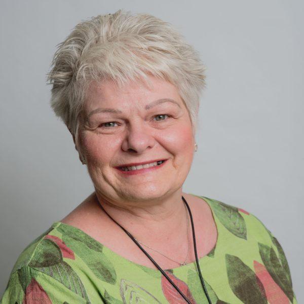 Julie Sweeney - Start Up Business Advisor - E-Factor Business